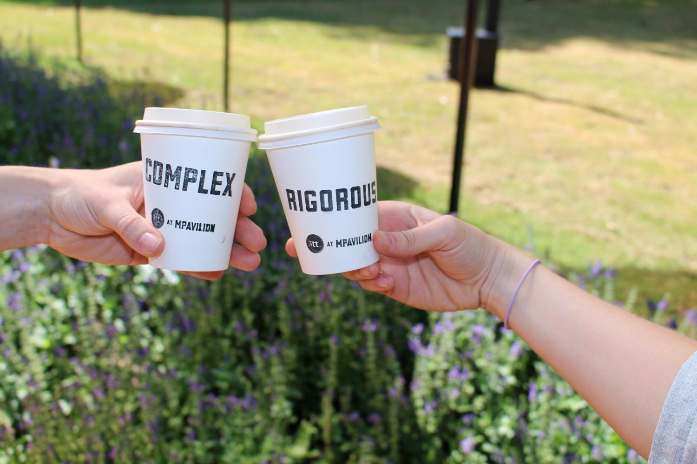 coffee-cups-kiosk-event
