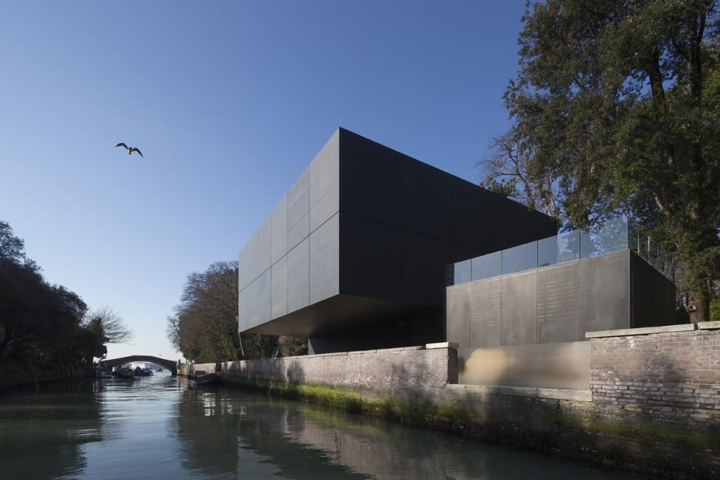 Australia Pavilion, Venice, Italy designed by Denton Corker Marshall.