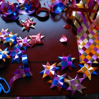 Star weaving with Lisa Hilli
